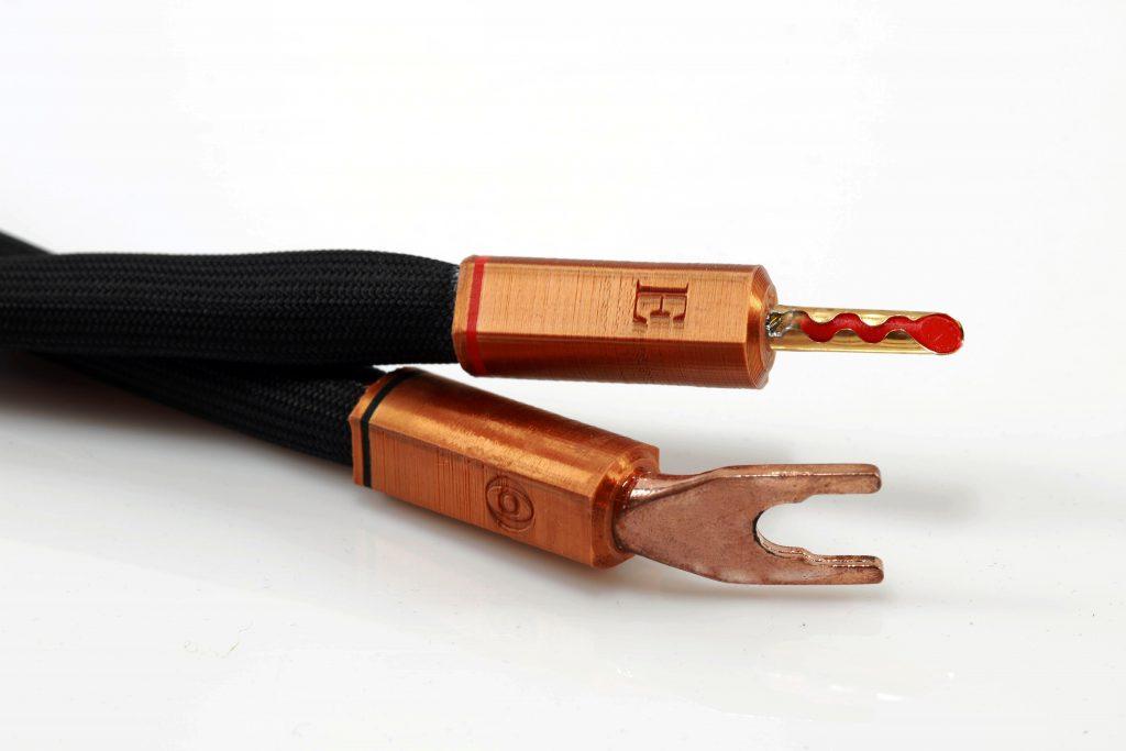 Epsilon cavaliers de borniers d'enceintes straps Odeion Cables (détail)