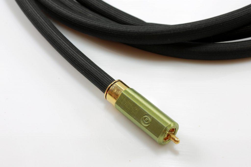 Delta modulation mono rca sub graves basses odeion cables (détail)