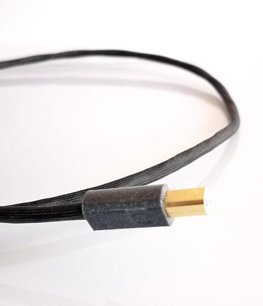 Omicron USB numérique digital Odeion Cables (détail)